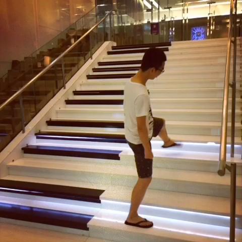 钢琴楼梯 「欢乐颂」