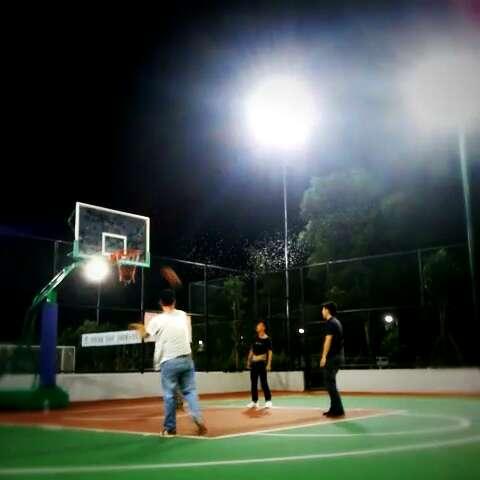 篮球场灯光电路图