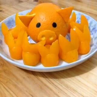 看橙子和圣女果变身小猪和小兔子,可爱么?😜😜