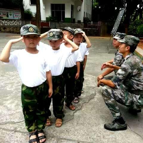 解放军训练