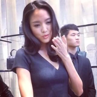 #女神##张梓琳#世界小姐的飞吻😘