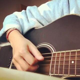 #宅在家##随手拍#吉他弹唱🎸【不得不爱】😘😊