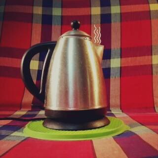 天冷在家泡茶温泉