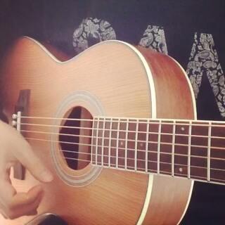 心如刀割#音乐##唱歌##吉他弹...