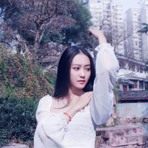 """摄影作品:《你是我的仙境》模特:钟湘贻 摄影师:@鄧思"""""""