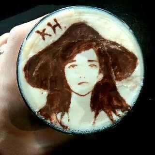 咖啡杯上的美好