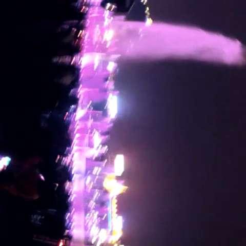 柳州夜,声控水上喷泉
