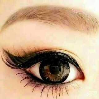 性感猫眼妆容