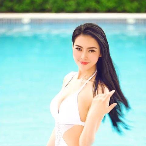 """游泳白色 - 吴丹开心每一天的美拍"""""""