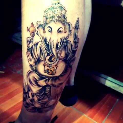 小腿#象神纹身##拜象神图片