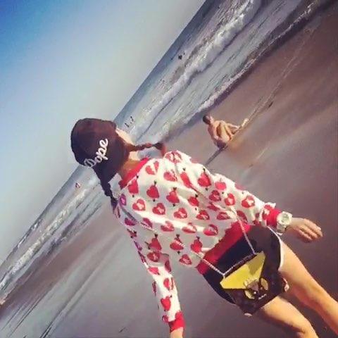 """#慢动作##海边##女神##玩耍##带着美拍去海边##bea"""""""