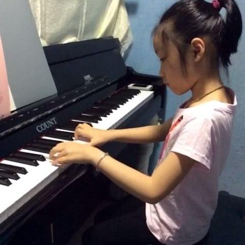 钢琴##音乐#小爱徒弹的《牧民歌唱毛主席》