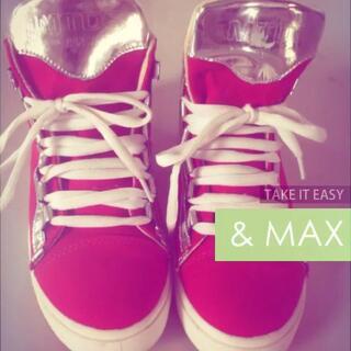 #拍鞋##在路上#