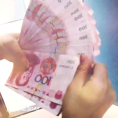 数钞票卡通图片