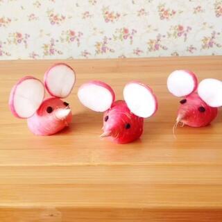 粉嘟嘟的小老鼠也可以萌萌哒<span class=