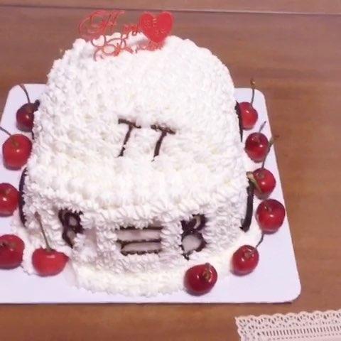 萌萌嗒的奥迪ttt蛋糕,为安仔崽庆百岁生日!