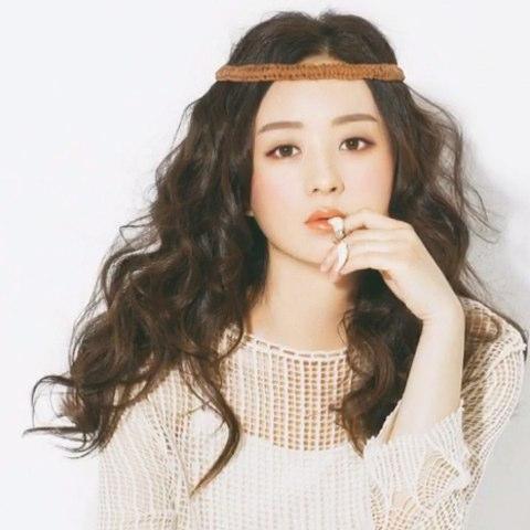 明星画报|赵丽颖 登上日系杂志《昕薇vivi》7月刊封面图片