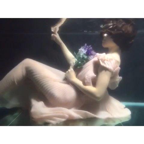 """今天陪@magnolia------------ 拍水下,拍 - 花花的"""""""
