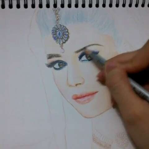 手绘印度新娘,彩铅人物#彩铅人物绘##手绘彩铅画
