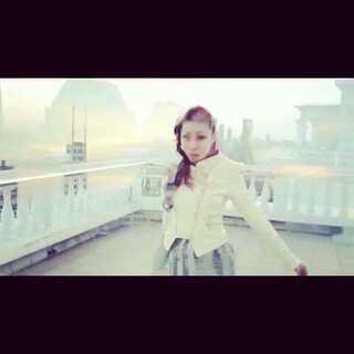 "Special preview of my new MV ""forever you "". 我的新 MV "" forever you"" 预告片。#elle##mv##音乐mv##我制作了一个mv!欢迎围观^_^#"