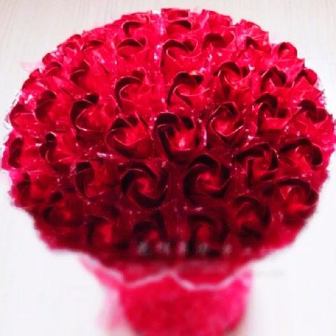 七夕情人节##手工玫瑰花#七夕玫瑰开始预订,各种颜色, 我对你的爱像