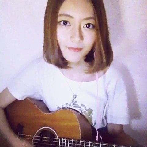 """吉他弹唱#晴天-周杰伦# 超喜欢这首歌。。喜欢点个"""""""