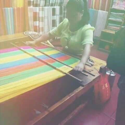 织布治手工制作樱桃过程