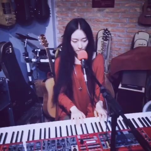 """喂!南山南!#南山南##音乐##女神##我要上热门##钢琴#"""""""