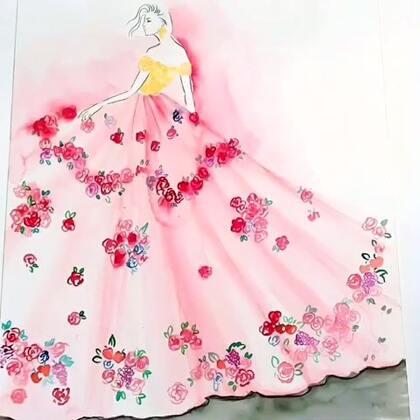 笔尖时尚手绘水彩服装设计图