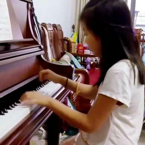 学生林滢——车尔尼599练习曲