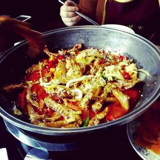 吃饭饭咯😝😝😝😝你们吃过这个吗😊好好吃呀#鸭爪爪##火锅##我是吃货我自豪##周末##最美新疆#