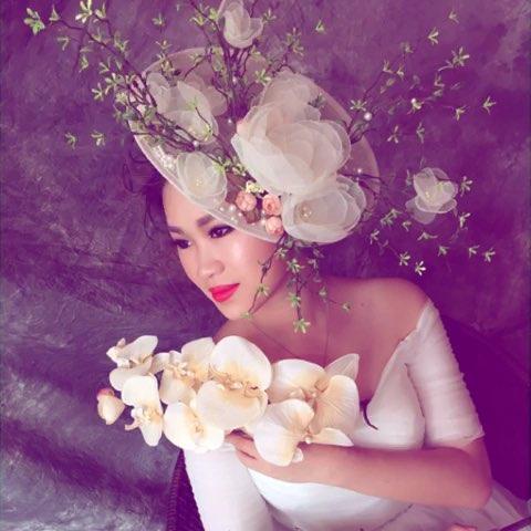 浪漫鲜花新娘造型##小清新森系新娘造型