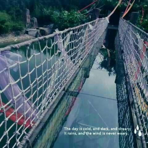 玻璃桥景观手绘线稿