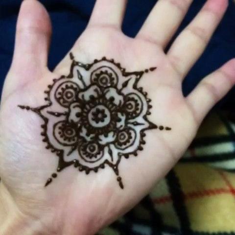 第一次画掌心#印度海娜手绘