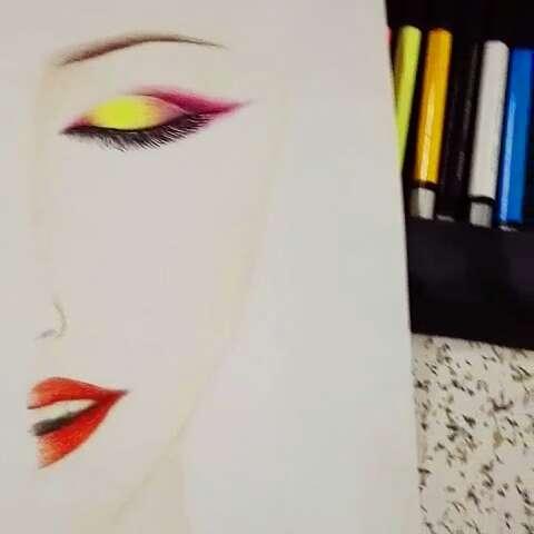 教画半面妆#手绘彩铅画##彩铅
