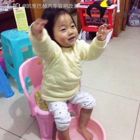 丽江手鼓小宝贝