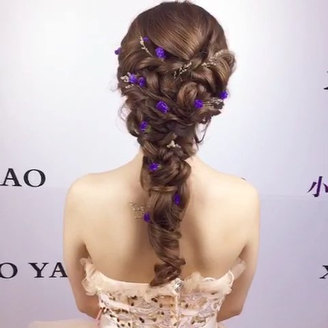 韩式新娘清新发型##编发教程##拧发手法##我要上热门图片