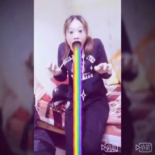 #全民吐彩虹##faceu#真的超好玩的一个app🌚有没有吓到🌚