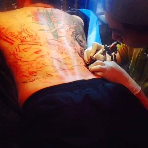欧美小臂纹身手稿女图片