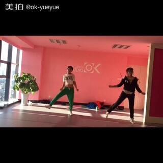 #舞蹈##昆明街舞##昆明爵士舞#女神may j lee 的booty man@mayj517 😘😘终于有时间录了,一起来ok爵士舞工作室嗨起来😊💥💥💥🔥