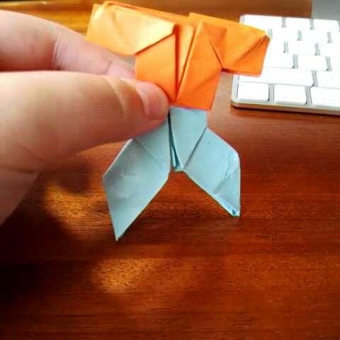 怎么用纸折衣服和裤子. 应该是原创吧#折纸教程