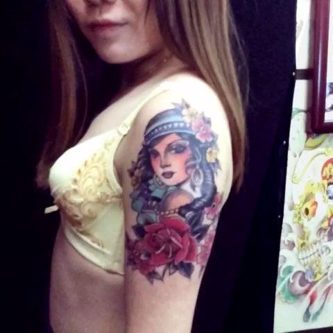 感谢广州来的美女信任大臂欧美美女一枚武汉龙纹身预约电话