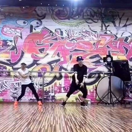 一个小可爱的版本✨@LYfamily_L #Rhythm Ta##iKON##舞蹈##敏雅音乐#