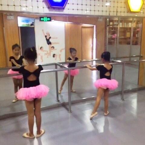 暑期小课班v舞蹈课#舞蹈##宝贝#-视频视频-喵谢沧行舞蹈图片