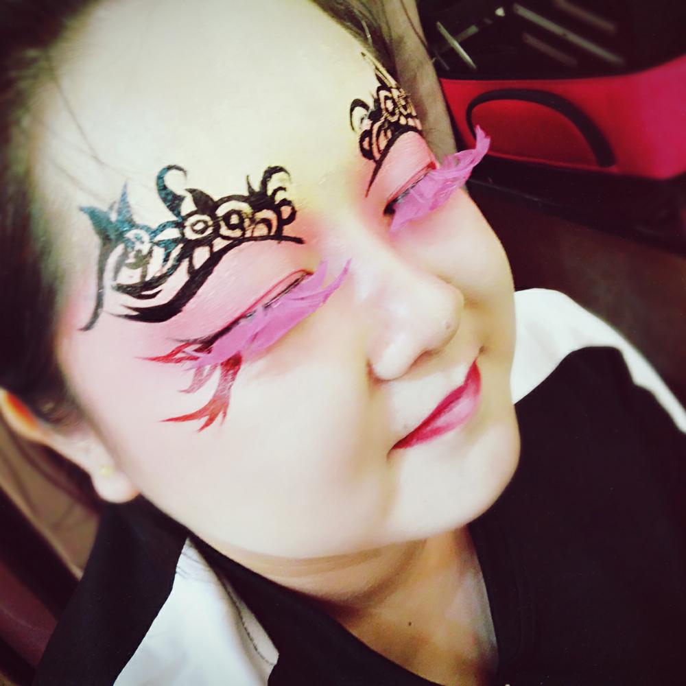 创意彩妆,有喜欢的化妆的或者需要化妆的来找我吧~接各种新