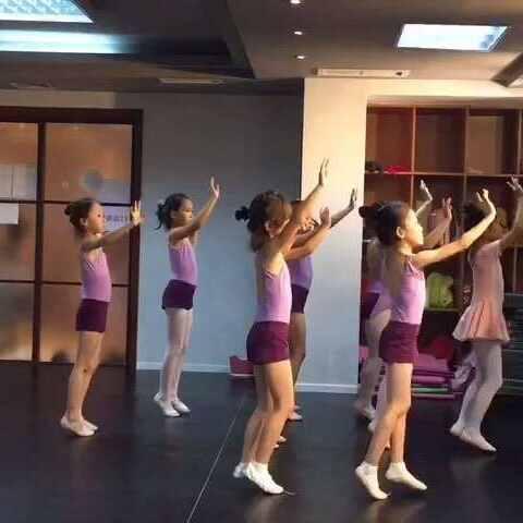 #舞蹈#英雄民间舞9月v舞蹈课--还没学完的新疆民族视频未知图片