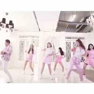 一支小清新#韩舞#,女神教你凹造型#舞蹈##学员展示##爵士舞#@单色舞蹈