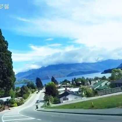 上周六一家人从奥克兰飞到了新西兰南岛#皇后镇#开始了四天的#旅程#,天气还算不错除了一天是下雨外,麻麻就随手弄个视频大家先看看吧,等麻麻回家后有空再整理照片视频😊#旅游##带上美拍去旅行##在路上#