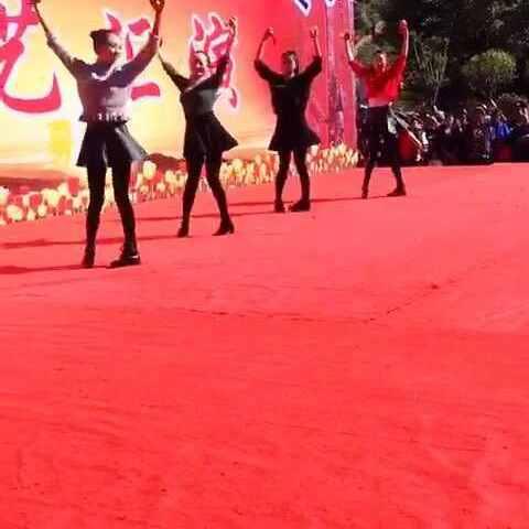 #舞蹈##打竹板#全是侧面-视频魔鬼-舞蹈设置来自v舞蹈卷步奏图片