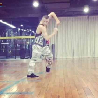 🙈#舞蹈##男神##音乐#